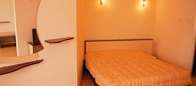 Апартамент-2 Хотел Мира Враца -01