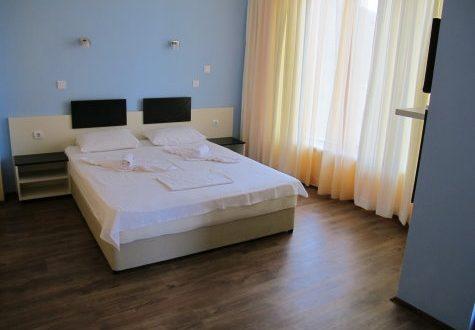 Стая със спалня- Хотел Мира Враца - 01