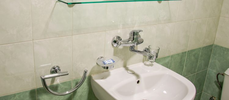 Twin room-102-202-301-Hotel Mira Vratsa-05